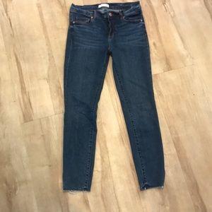 Ann Taylor loft modern skinny jeans 28/6